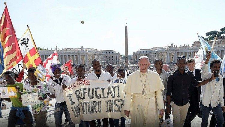 Le Pape presse les États d'adopter le Pacte mondial sur les réfugiés