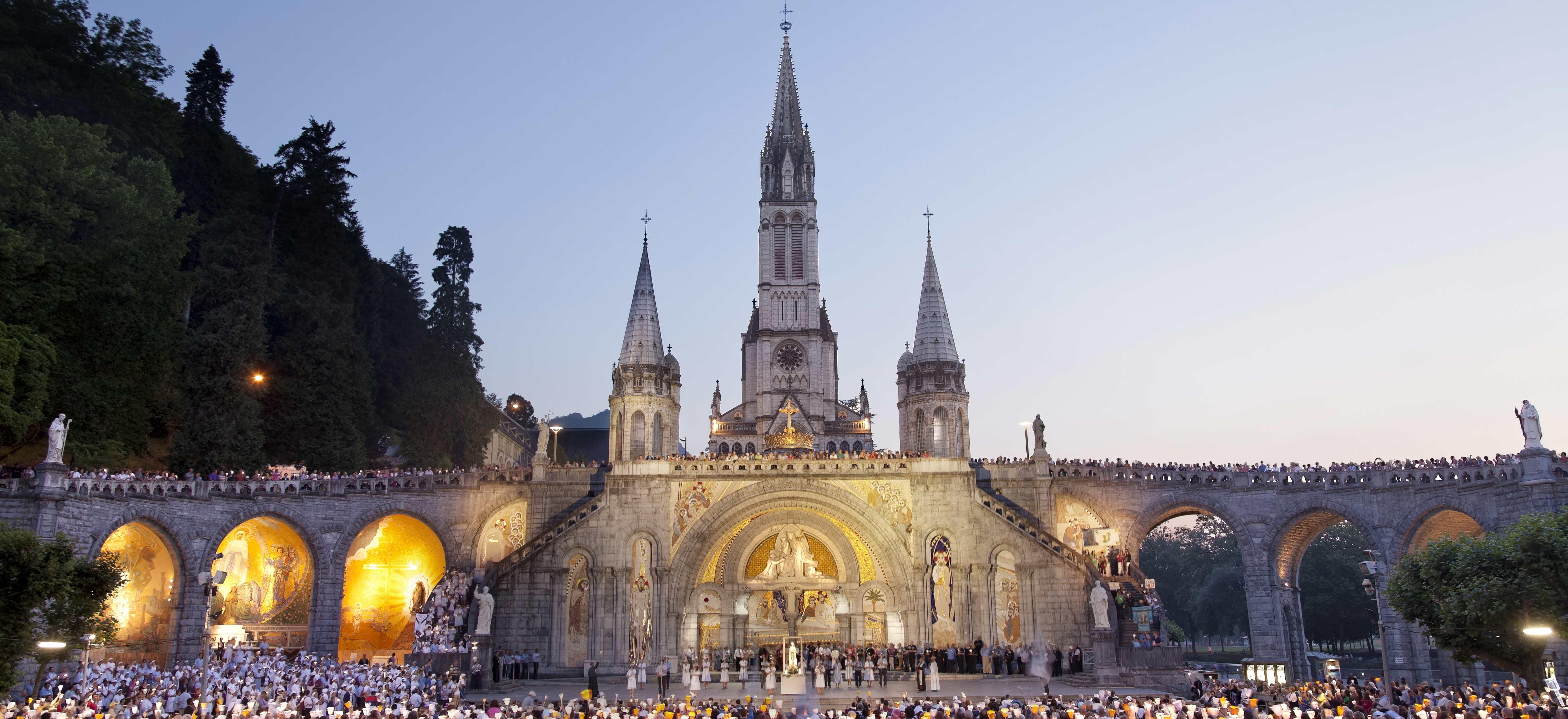 Quête pour les malades de Lourdes